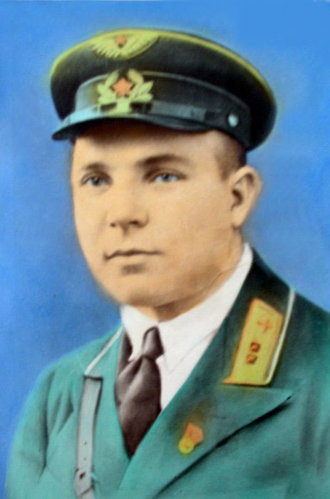 Иван Даценко - фото 4